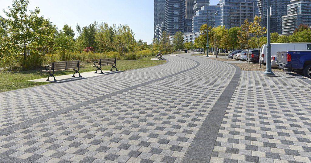 Humber Bay Shores Park, Toronto, ON <br> Products: Squares with Series™ finish in Black Granite, Ice Grey and Mountain Mist