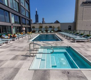 1035 West VanBuren, Chicago, IL <br> Products: Umbriano® - Large Format and EasyClean™