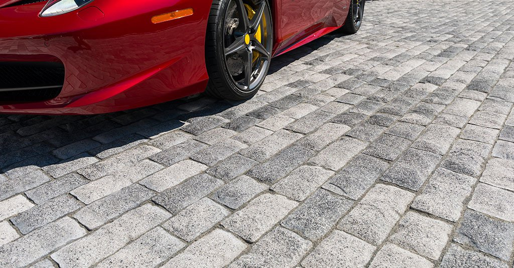 Product: Tribeca Cobble™ Color: Crystalline Basalt