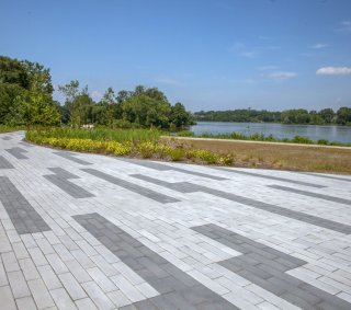 Riverside Park in Perrysburg, OH <br> Product: Promenade™ Plank Paver