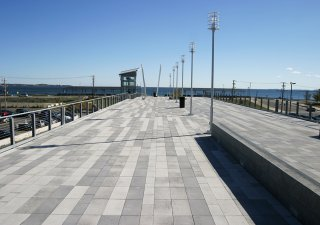 MBTA Wonderland Pedestrian Bridge, Revere MA <br> Product: Umbriano® Color: Winter Marvel