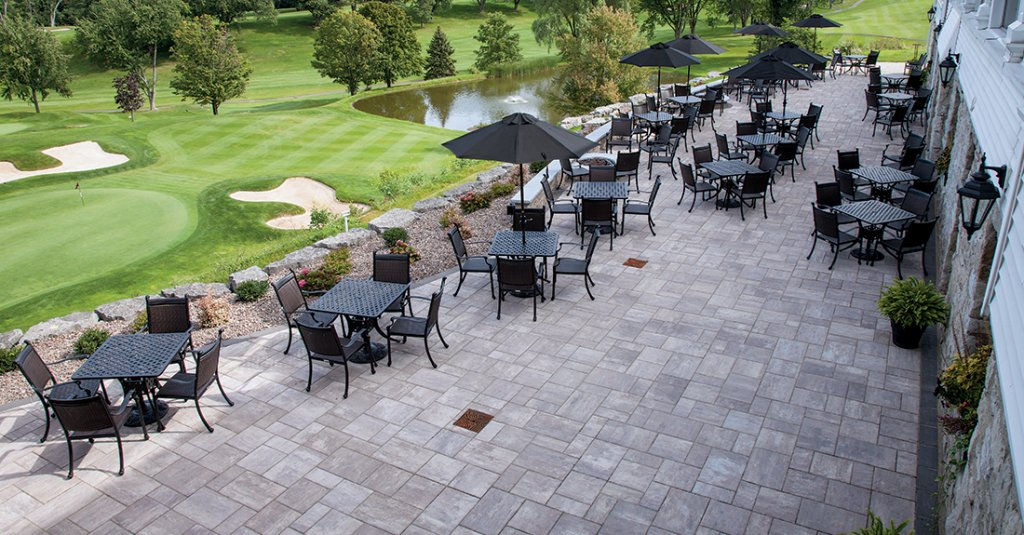 Beacon Hill Flagstone at Lockport Country Club