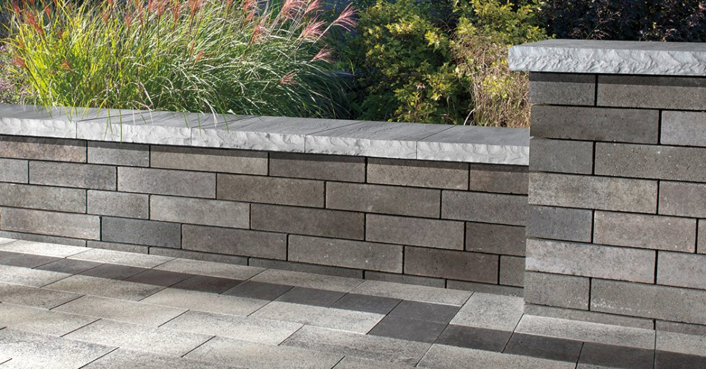 Product: Lineo™ Dimensional Stone Color: Granite