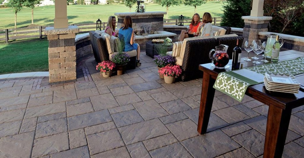 Product: Beacon Hill Flagstone™ Color: Bavarian Blend